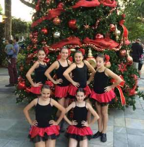 tiny dancers at christmas tree